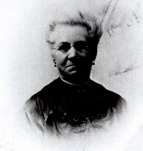 Catalina Huss född Minuto i Buenos Aires cirka 1848; död i Cardiff 1920. Gift med Carl Hjalmar Huss 1879. Bilden togs 1915.