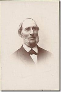 Olof Huss    Född den 11 oktober 1821 i Dombäck, Grundsunda (Y). Handlare. Död 1912 i Granlo, Selånger (Y). Stamfar för Linje 11. Tabell 335. Gift 2:o 1848 med Ulrika Bernhardina (Ulla) Bergström.
