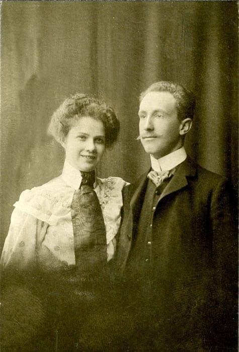 Ruth Huss född Hillström 1881–1963, tabell 304; gift 1906 med Ivar Huss.
